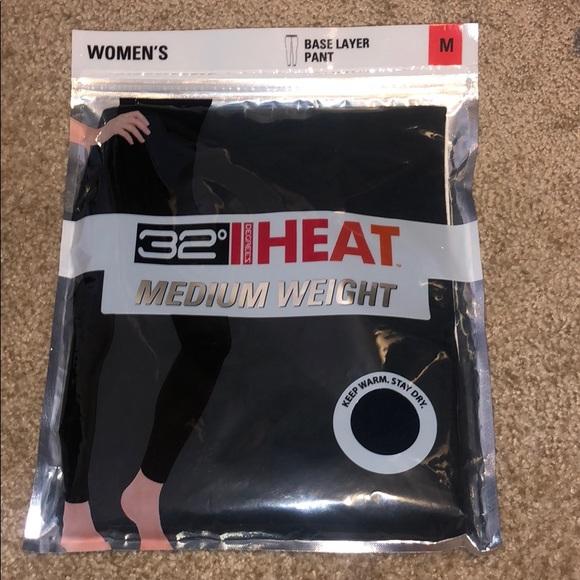 32 Degrees Pants - 32 degree heat medium weight black leggings.